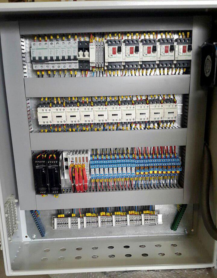 طراحی و مونتاژ انواع تابلو برق صنعتی ،plc،اتوماسیون